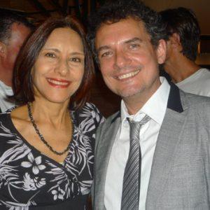 ANNAMARIA DIAS E O DIRETOR JOÃO FALCÃO.